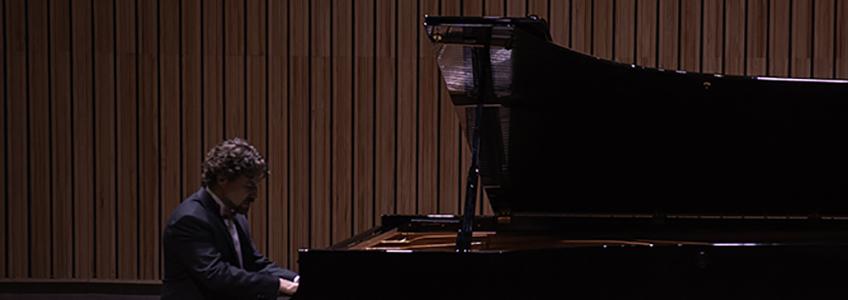 钢琴家何塞·路易斯·涅托预测他将重返舞台