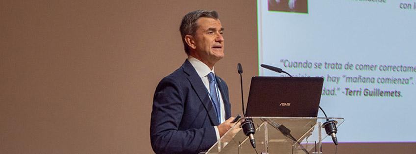 UNEATLANTICO 授予 FUNIBER 科学总监 Maurizio Battino 荣誉勋章